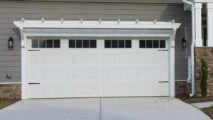 carriage-long-panel-garage-door-4