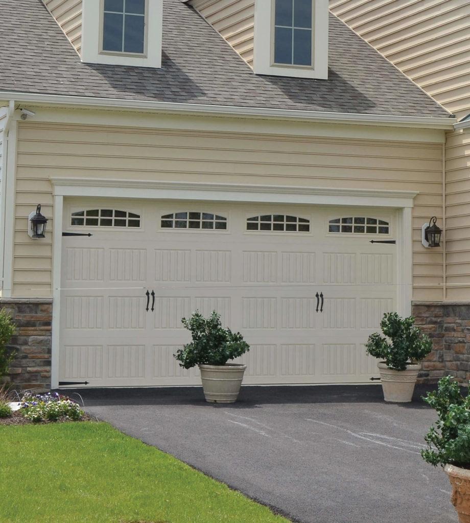 carriage-residential-garage-doors-2