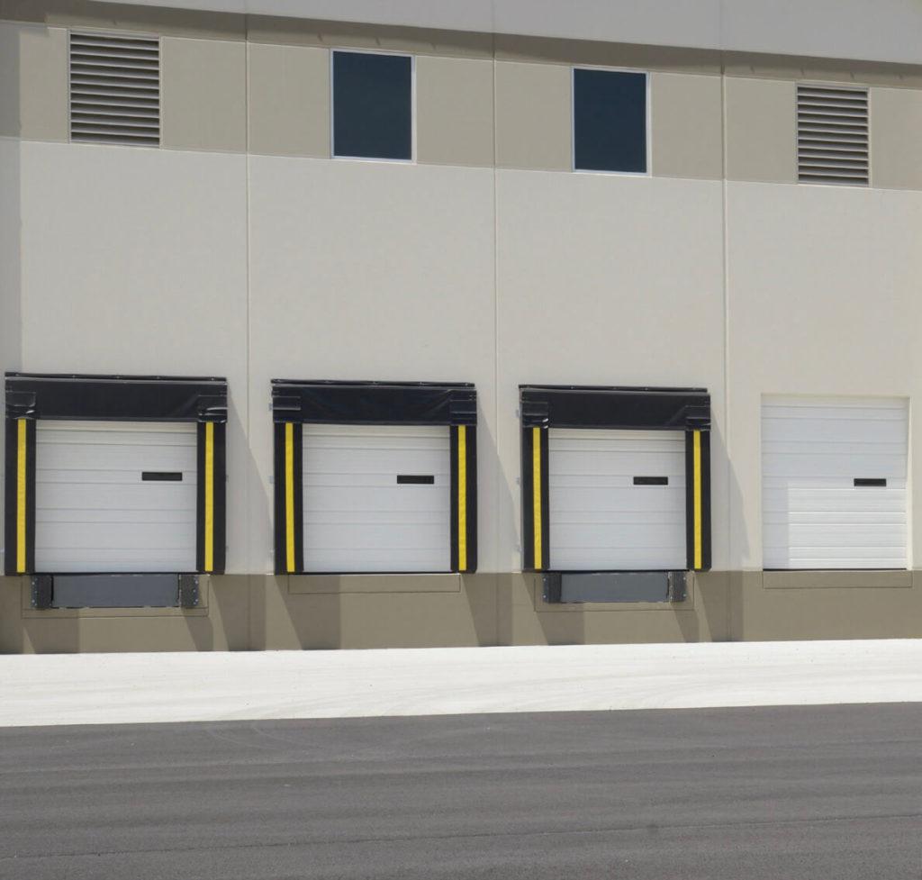 commercial-ribbed-garage-door