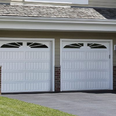 carriage-long-panel-garage-door-1